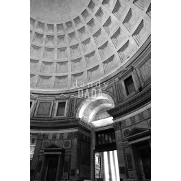 Dentro il Pantheon
